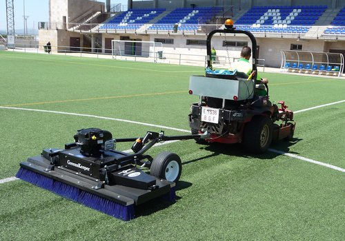 Descompactado de cesped artificial